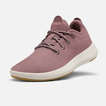 WW1MFLF_SHOE_ANGLE_GLOBAL_MENS_WOOL_RUNNER_MIZZLE_HARVEST_CREAM_d109516f-f2c5-464d-9434-8fb66e8a6d38.jfif